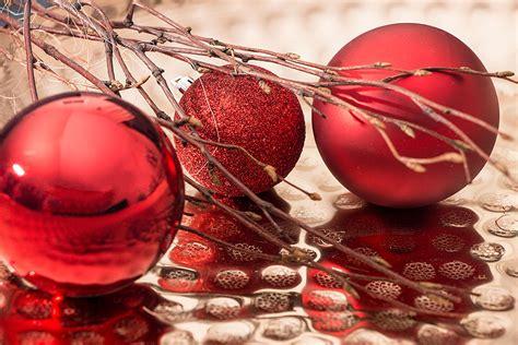 landi weihnachtsbaum weinrote weihnachtskugeln my