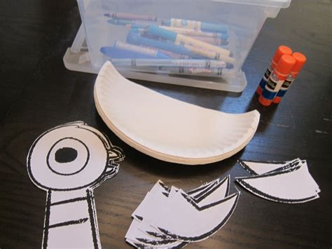 Pigeon Papercraft - mo willems pigeon crafts