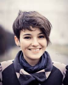 edgy haircuts for with faces 30 sensational short hairstyles for oval faces creativefan