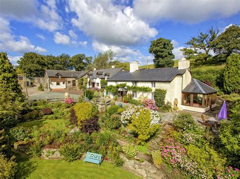 Cottage Owners by Wheat In Llanfihangel This Delightful Semi Detached