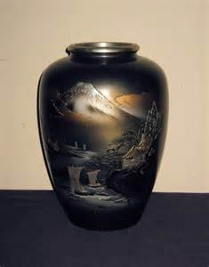 large japanese bronze vase with mt fuji from