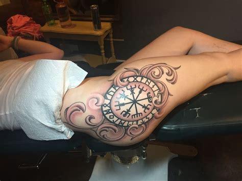 tattoo compass thigh the 25 best compass thigh tattoo ideas on pinterest