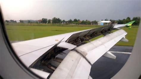 citilink landing citilink indonesia pk gln cloudy landing in adi soemarmo