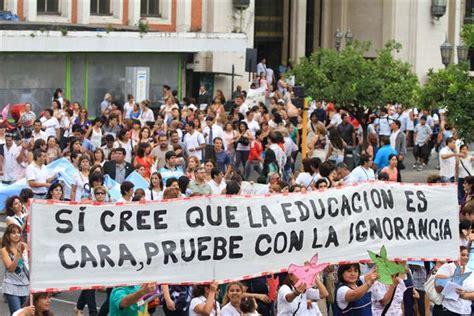 marcha y paro cta y docentes 05 03 2014 2 jpg argentina primera jornada del paro nacional de maestros