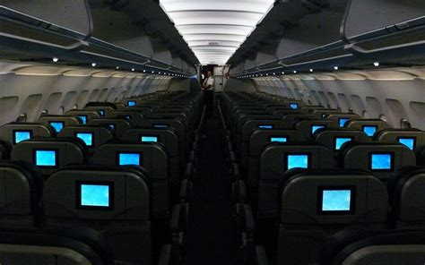 frontier airlines plan to make the middle seat less