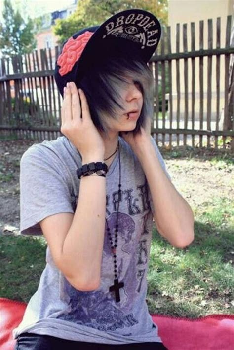 40 cool emo hairstyles for guys creative ideas pertaining
