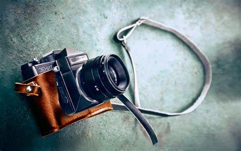 wallpaper cameraman vintage 02 camera lens zenith 14june2013friday 092533