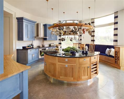 circular kitchen island 29 amazing yet unusual kitchen designs