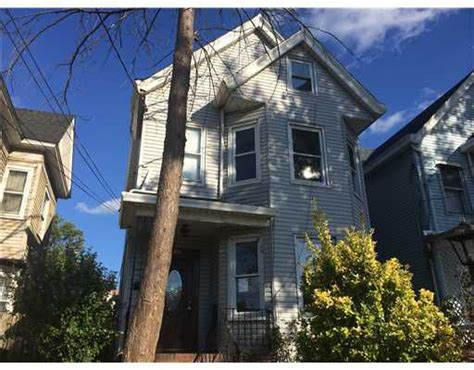 rooms for rent in perth amboy nj 182 kearny ave perth amboy nj 08861 property records search realtor 174
