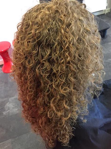 image result for stacked spiral perm on short hair hair 992 besten perms bilder auf pinterest dauerwellen