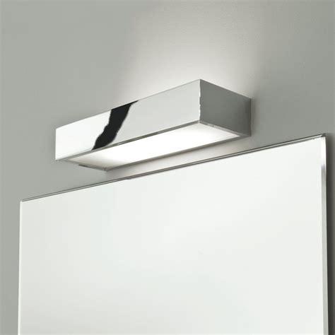 spiegelleuchten bad design edle designer spiegelleuchte in ip44 chrom poliert tallin