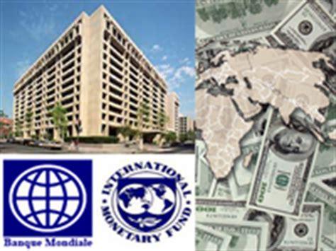 siege du fmi rfi le fmi revoit ses pr 233 visions 224 la baisse