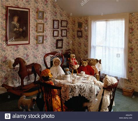 dolls teaparty  victorian dining room  floral