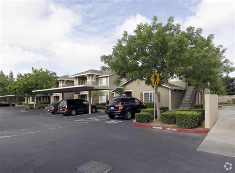Apartments On Elk Grove Blvd And Bruceville Crossing Apartments Rentals Elk Grove Ca
