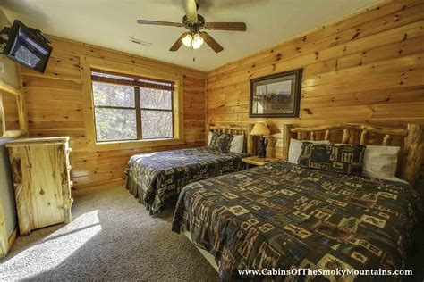 10 bedroom cabins in gatlinburg gatlinburg cabin gatlinburg overlook 3 bedroom