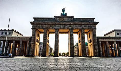 porta di berlino visita alla porta di brandeburgo di berlino come arrivare