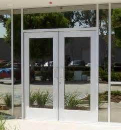 Store Front Glass Doors Best 25 Storefront Doors Ideas On Bakery Shop Design Boutique Design And Boutique