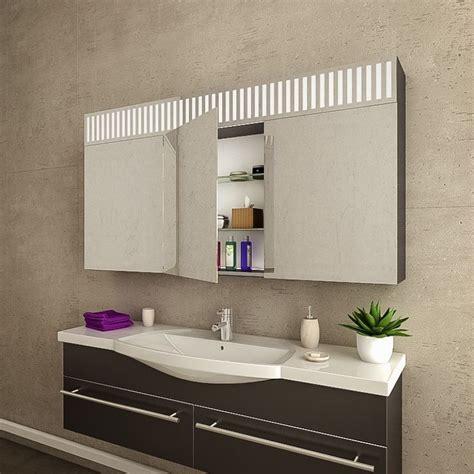 badezimmer spiegelschrank mit led beleuchtung spiegelschrank badezimmer mit led beleuchtung