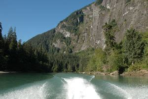 jet boat up waterfall exchamsiks river jet boat tours with kermodei adventures