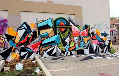 street art  graffiti  logan square chicago amuse