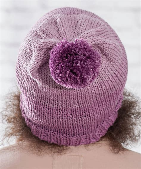 Bee Knit Hat free knitting patterns for 3 easy stockinette stitch hats