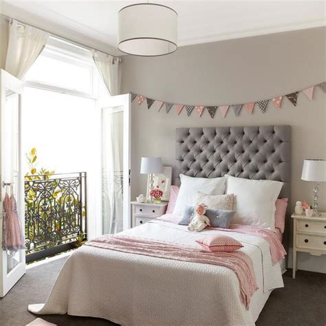 grey  cream traditional bedroom decoratingbeautiful designs