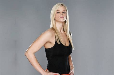 top 10 beautiful mma female fighters top 10 sexiest female mma fighters of all time