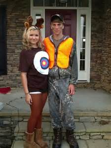 hunting couple halloween costumes deer and hunter costume boo pinterest deer