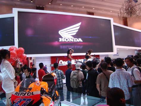 Honda Cb150r 2014 November honda cb150r streetfire bengkelsepedamotor