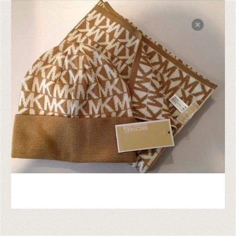 michael michael kors mk scarf and hat set from