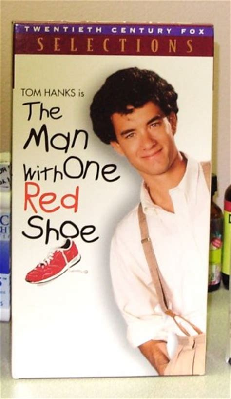 the man with the the man with one red shoe vhs movie starring tom hanks jim belushi carrie fisher comedy b43