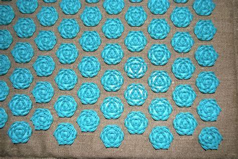 massages et fleurs de bach ch de fleurs ou tapis de fakir moderne