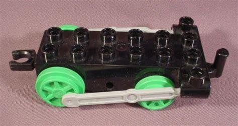 Wheels X Trayn Green lego duplo 4580 black base 2x6 with bright green
