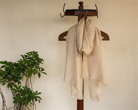 Pashmina Arabia Limited pashmina wool scarf beige self weave kop 225 i paar indian craft store