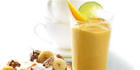 cara membuat banana yogurt resep cara membuat banana and berry smoothie