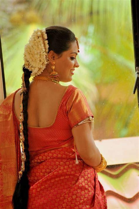 Hindu Wedding Hairstyles In Kerala by Hair Stylist Kerala Bridal Hair Style Wedding Hair