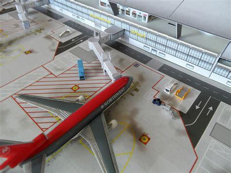 airport design editor add jetway opinions on jet bridge