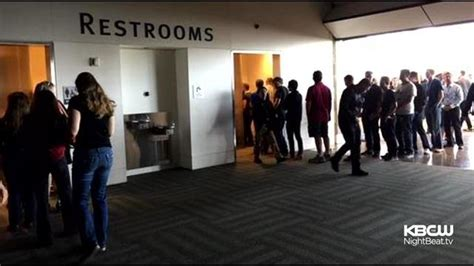 long bathroom line women rejoice over long er bathroom lines at apple s wwdc