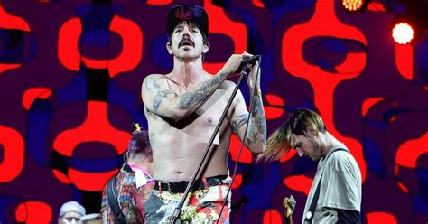 imagenes red hot chili pepers los red hot chili peppers le rindieron tributo a chuck