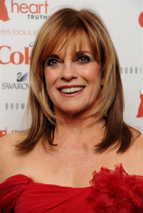 face framing haircuts for forties women linda gray s frace framing layers are a great look for