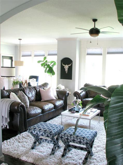 how to decorate with leather furniture life love larson decorating around dark leather sofas