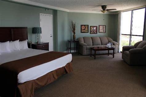 rooms in laughlin pet room on river side bottom floor picture of don laughlin s riverside resort laughlin