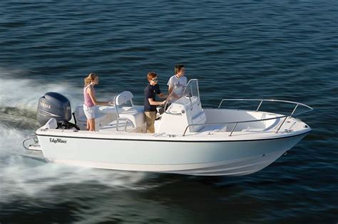 18 center console boat 188cc 18ft center console boat edgewater boats