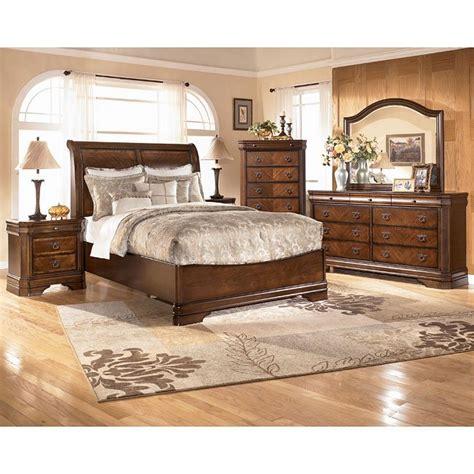 ashley furniture platform bedroom set hamlyn platform bedroom set signature design by ashley furniture furniturepick