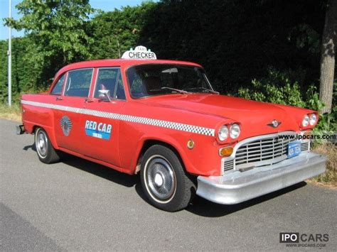 chevrolet checker 1960 chevrolet checker marathon taxi yellowcab car photo