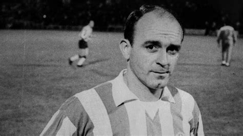 di stfano real madrid great alfredo di stefano dies aged 88