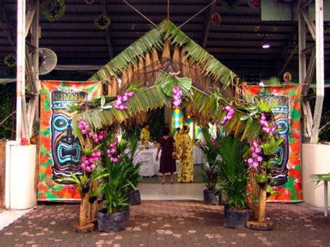 hawaiian christmas party ideas tropical theme decorations hawaiian decorations a wonderful theme for your
