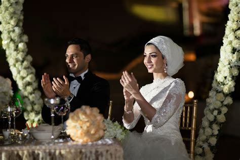 Bridal Headscarf Veil Inspiration, Hijab bride, modest