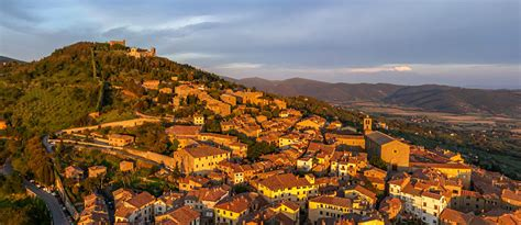 Small Modern Home by Cortona Italy 360 176 Aerial Panoramas 360 176 Virtual Tours