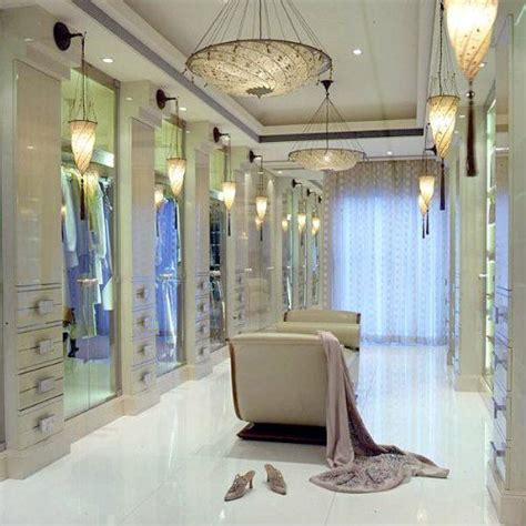 handsome walk in closets for master bedrooms 25 best ideas about luxury closet on pinterest dream